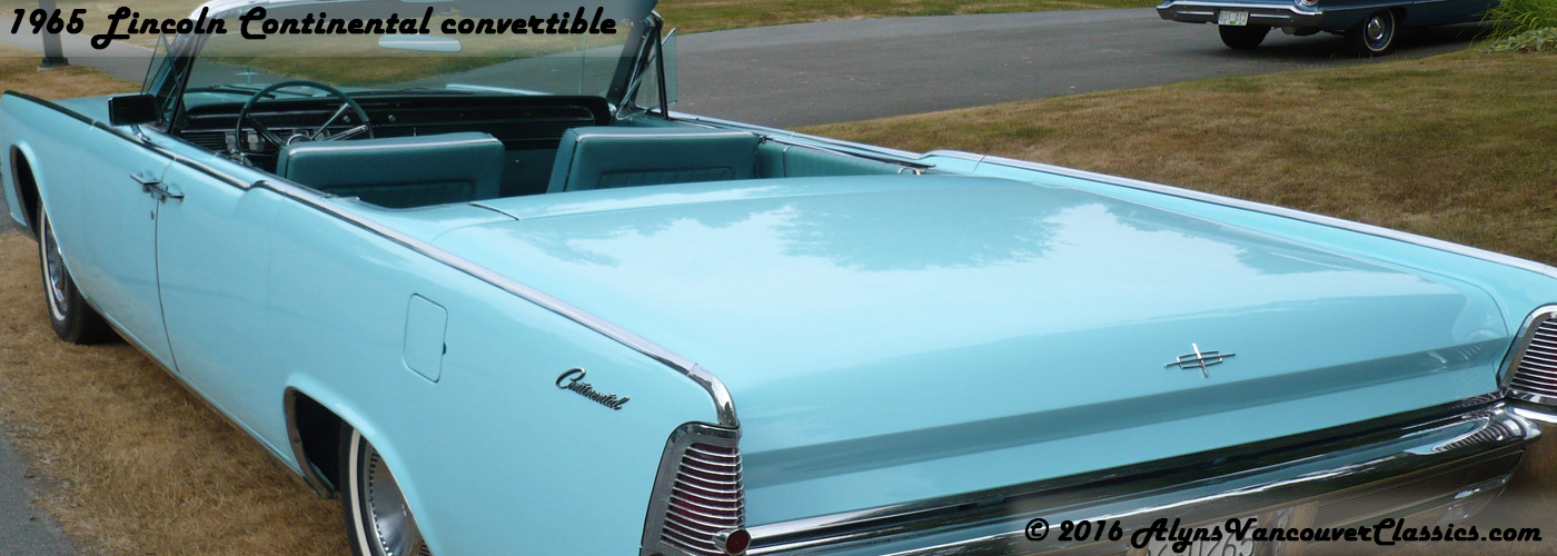 1965-Lincoln-Continental-convertible-rear